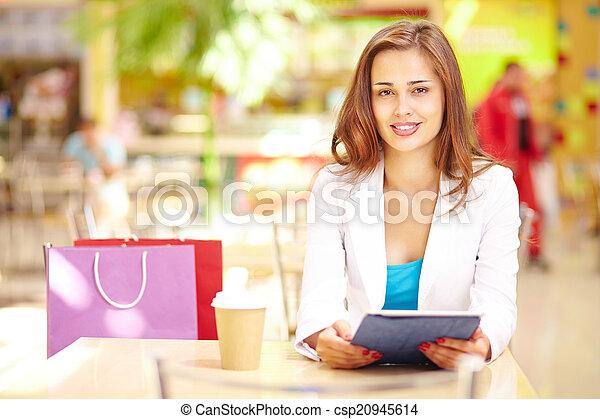 Shopping leisure - csp20945614