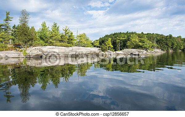 shoreline, odbicie, północny, jezioro - csp12856657