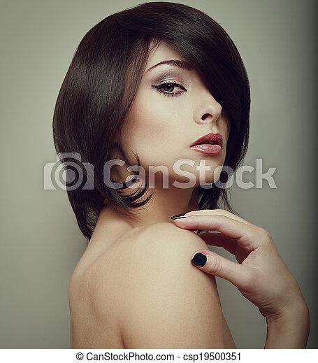shortinho, vindima, maquilagem, cabelo, pretas, excitado, retrato, woman., style. - csp19500351