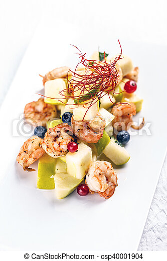 Shrimps with pear salad - csp40001904