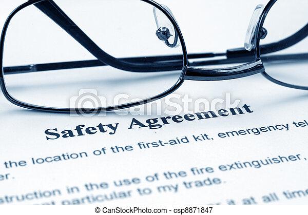 sicherheit, abkommen - csp8871847