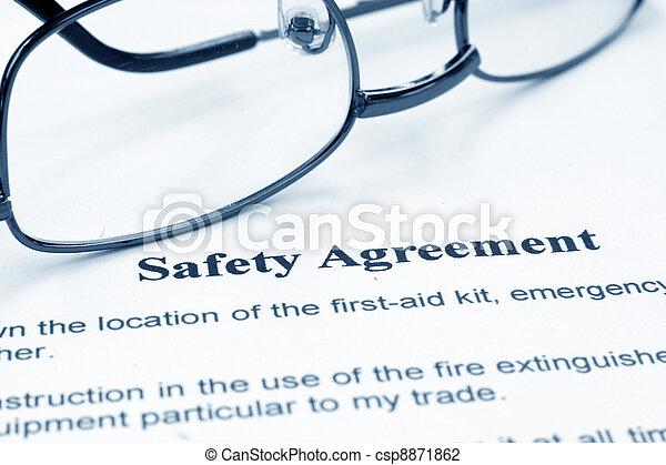 sicherheit, abkommen - csp8871862