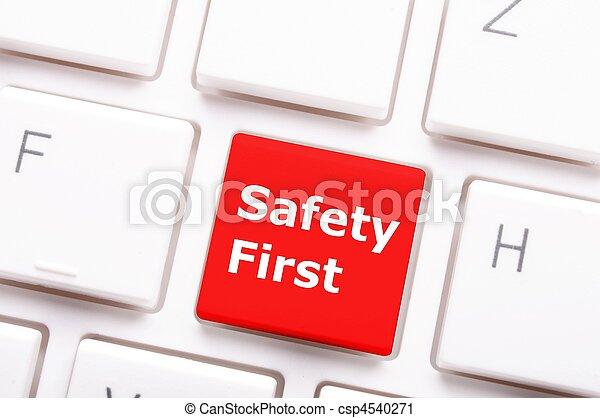 sicherheit zuerst - csp4540271