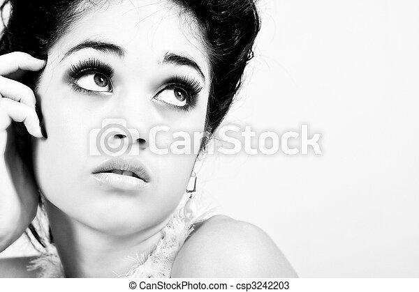 side., charmant, femme, jeune, isolé, regarde - csp3242203