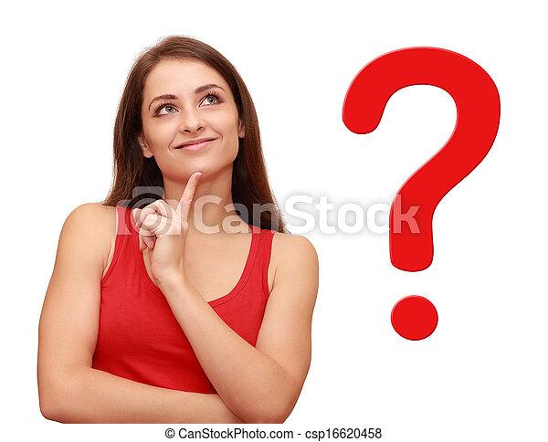 Das Mädchen, das sich mit einem roten Fragezeichen in ihrer Nähe umsieht - csp16620458