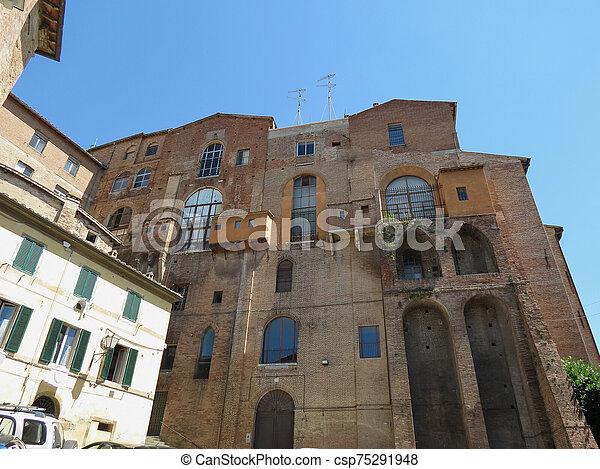 Siena, Ospedale di Santa Maria della Scala - csp75291948