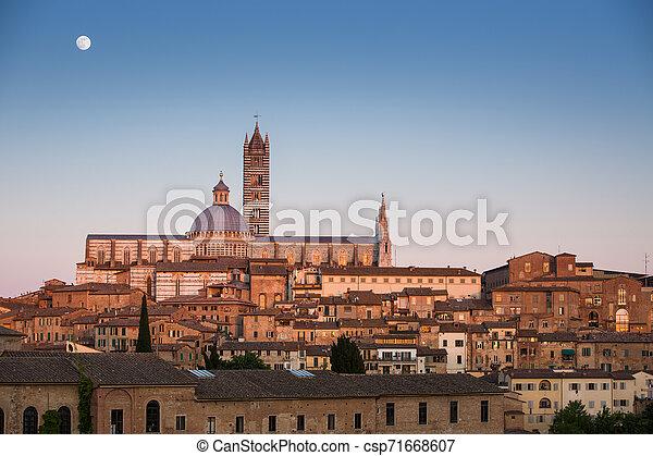 Siena, Tuscany, Italy - csp71668607