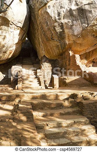 Sigiriya (Lion's Rock), Sri Lanka - csp4569727