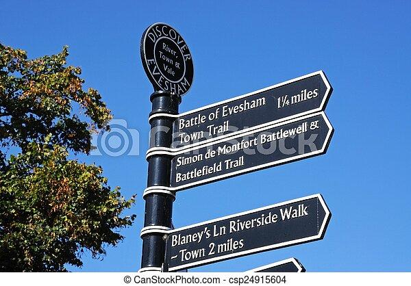Signpost, Evesham. - csp24915604