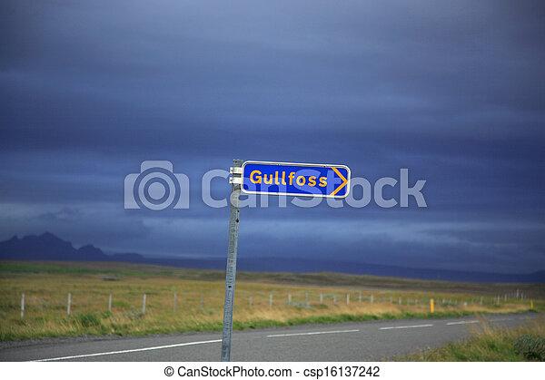 Signpost for Gulfoss - csp16137242