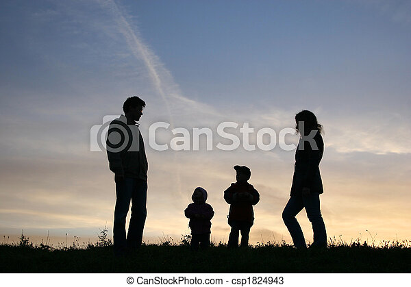 silhouette family of four - csp1824943