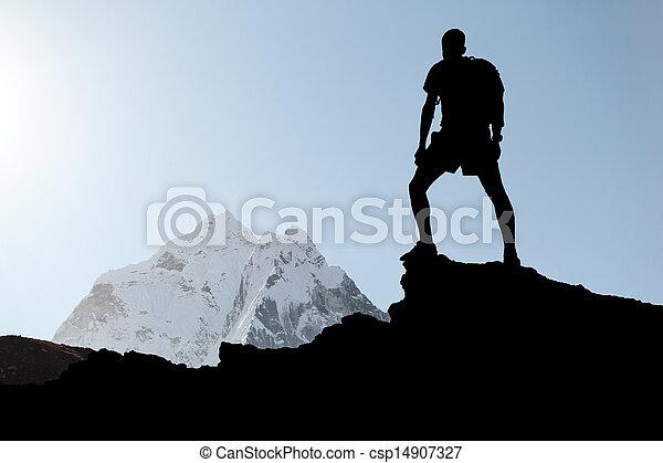 silhouette, randonnée, homme - csp14907327
