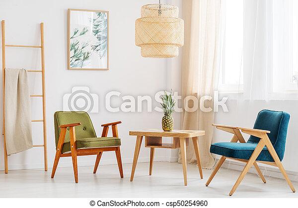 Un salón sencillo con piña - csp50254960