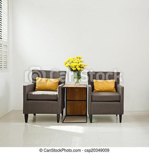 Silla de sofá gris en un lugar simple - csp20349009