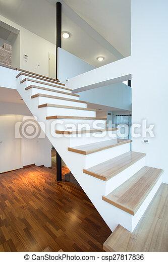 Escaleras sin rieles - csp27817836