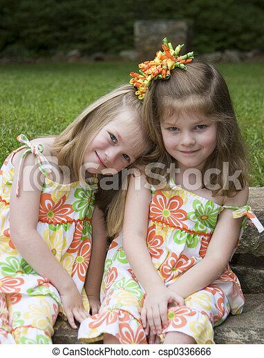 Sisters  - csp0336666