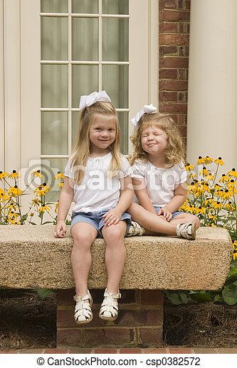 Sisters - csp0382572
