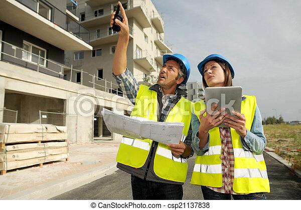 site construction, fonctionnement, ingénieurs - csp21137838