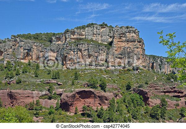 Siurana cliffs in the Prades mountains - csp42774045