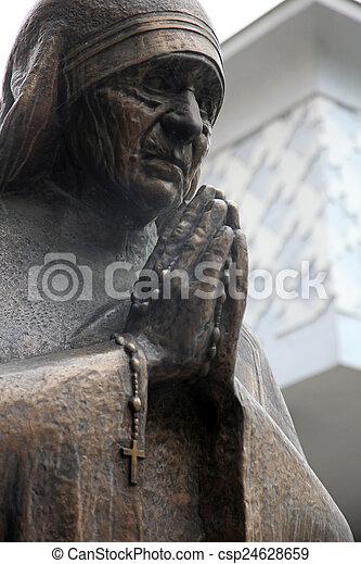 skopje, 母, teresa, 記念碑 - csp24628659