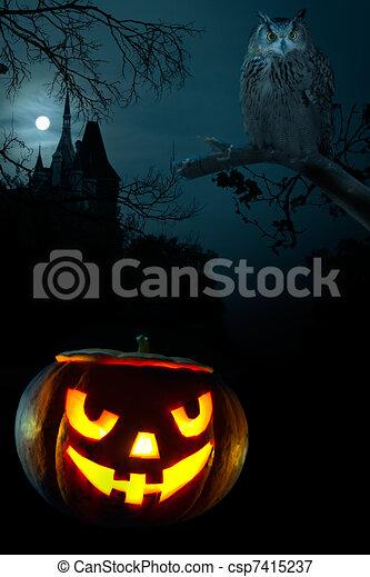 skrämmande, halloween, nära, pumpa - csp7415237