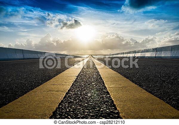 sky., kwestia, żółty, ruch, handel, droga, opróżniać - csp28212110