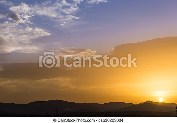 Skyline with silhouette of mountains - csp30203004