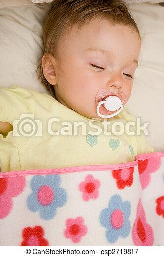 sleeping baby - csp2719817