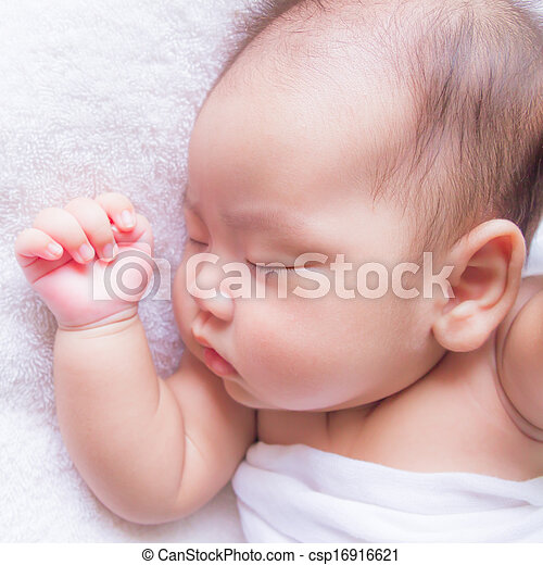 sleeping baby - csp16916621