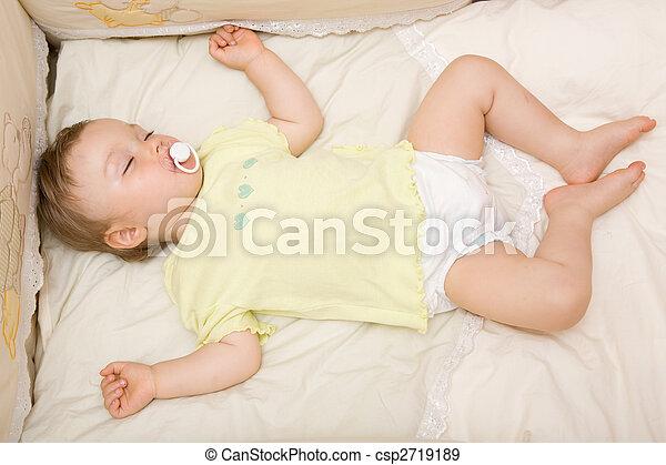 sleeping baby - csp2719189