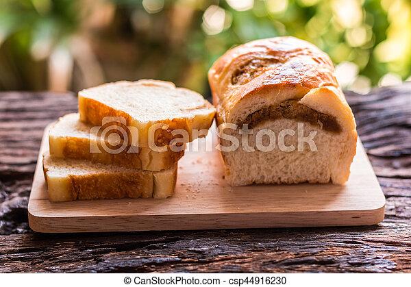 Sliced bread - csp44916230