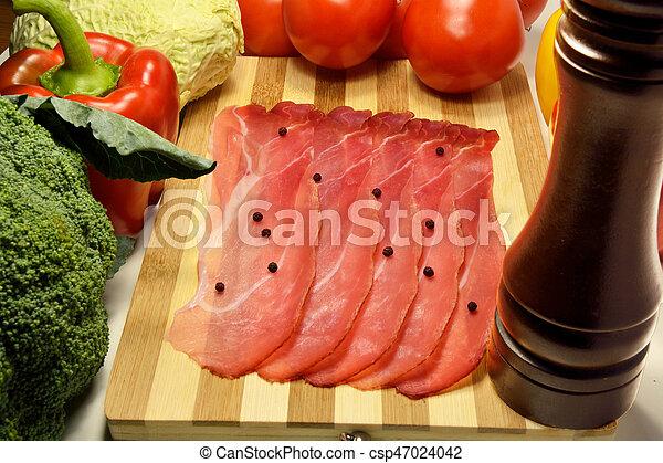 Sliced Italian speck - csp47024042