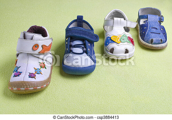 child shoes on different seasons