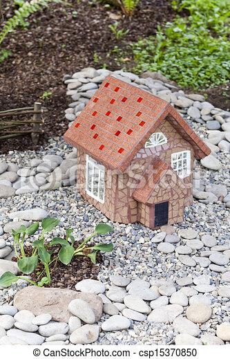 Small lodge - csp15370850