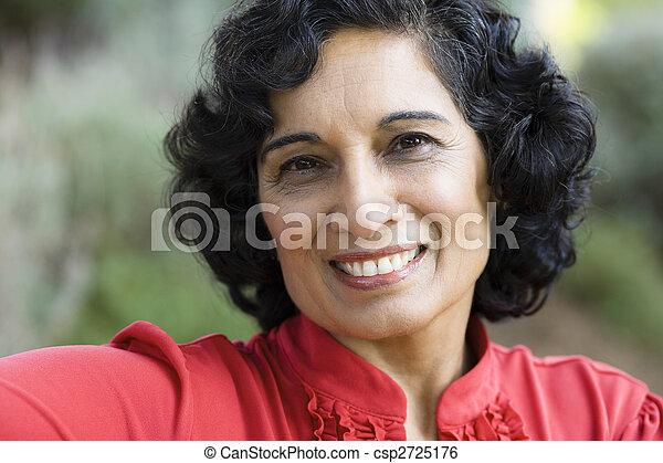 smile kvinde - csp2725176
