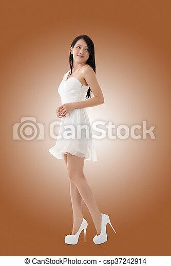 Smiling Asian young woman - csp37242914
