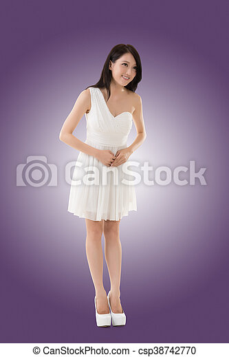 Smiling Asian young woman - csp38742770