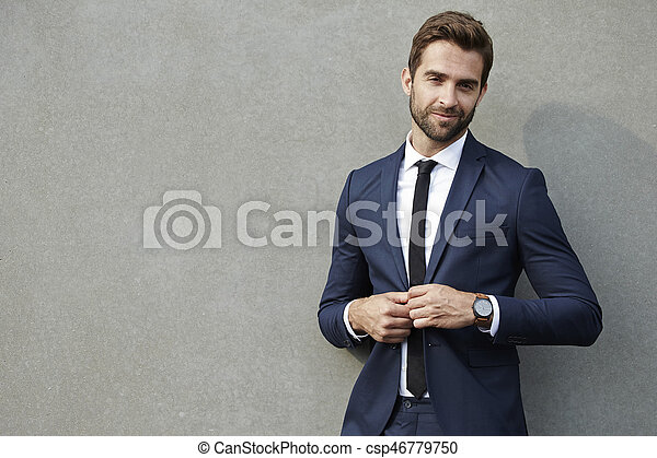 Smiling businessman - csp46779750