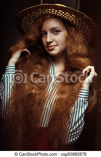 Redhead woman posing, sexiest chubby porn star