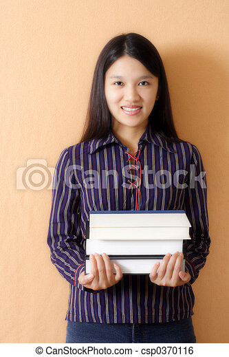 Smiling student - csp0370116