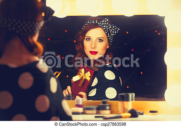 smiling woman with present box - csp27863598