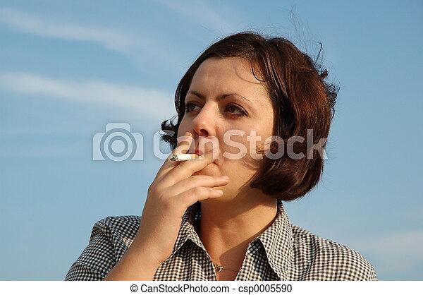 smoking woman - csp0005590