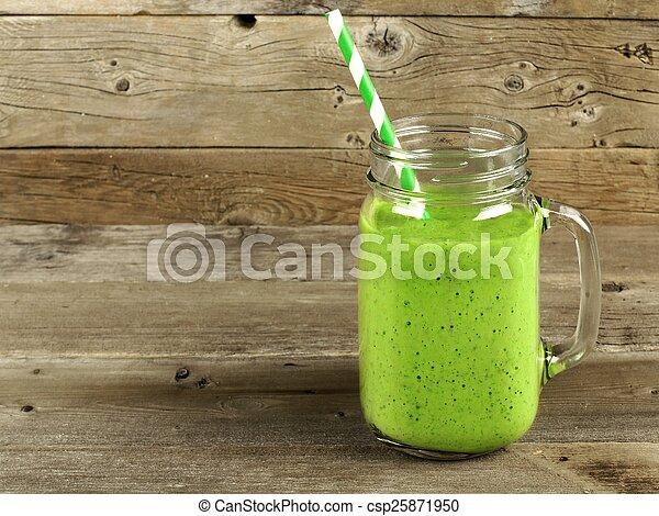 smoothie, erdő, zöld háttér - csp25871950