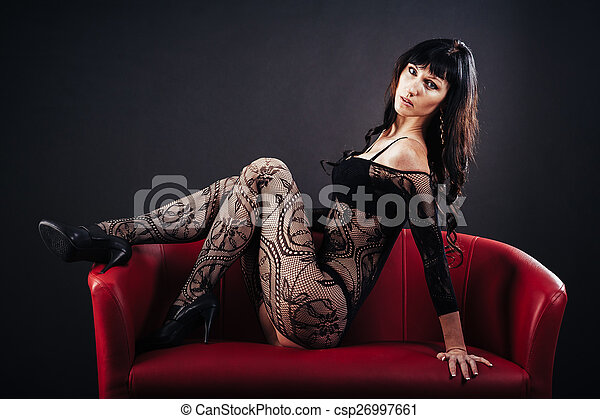 Smuk nøgen sort kvinde