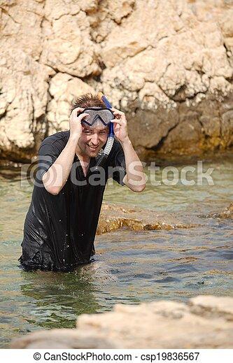 snorkeling - csp19836567