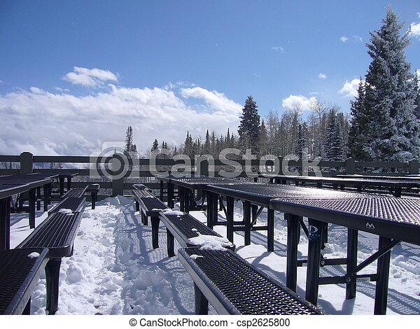 Snow Tables - csp2625800