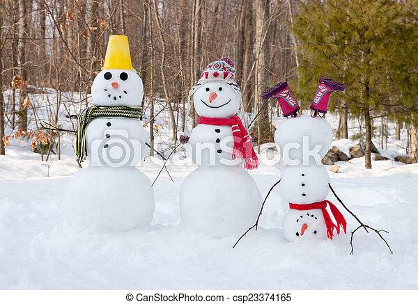 Snowman family - csp23374165