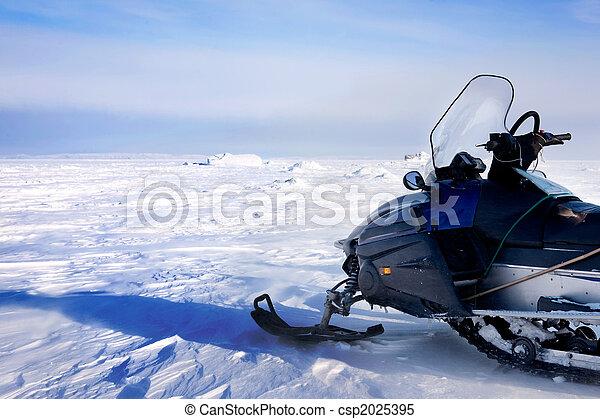 Snowmobile - csp2025395