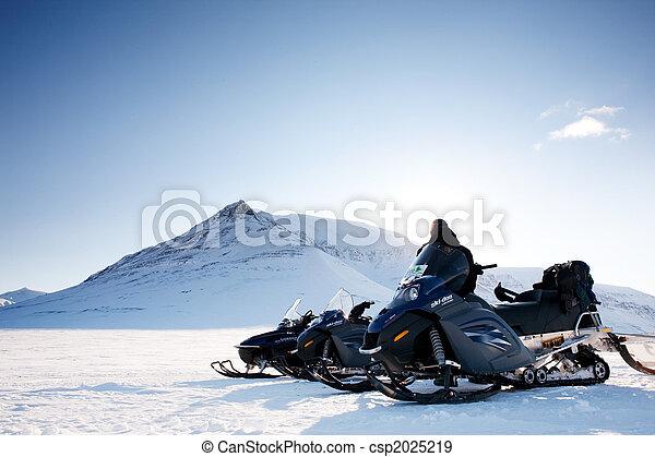 Snowmobile - csp2025219