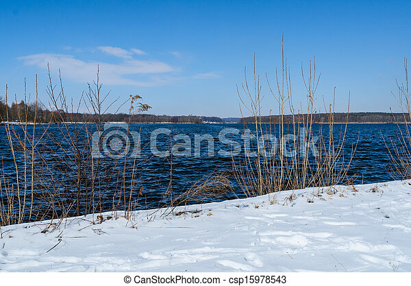 Snowy shore of Glienicke lake on Havel river - csp15978543